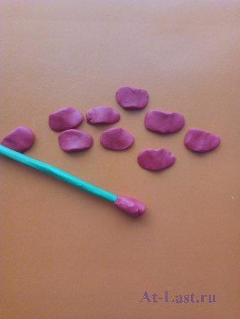 Как сделать розу из пластилина своими руками